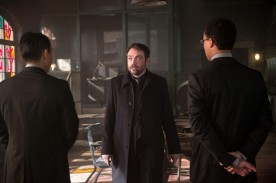 supernatural-Out-of-the-Darkness-Into-the-Fire-3-550x366